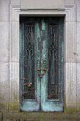 Mosilium portas