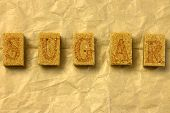 picture of sugar cube  - the text  - JPG