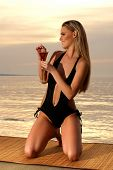 picture of monokini  - Sexy lady on the beach - JPG