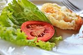 Remainder Breakfast Include Tomato, Fried Egg And Lettuce