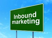 Business concept: Inbound Marketing on road sign background