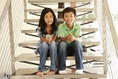 foto of brother sister  - Asian brother and sister - JPG