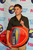 LOS ANGELES - JUL 22:  Zac Efron in the Press Room of the 2012 Teen Choice Awards at Gibson Ampithea