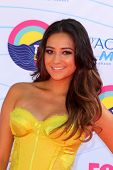 LOS ANGELES - JUL 22:  Shay Mitchell arriving at the 2012 Teen Choice Awards at Gibson Ampitheatre o