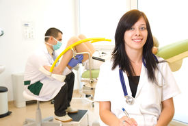 picture of gynecological exam  - A gynecological examination - JPG