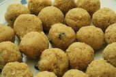 picture of laddu  - Rava or semolina laddu - JPG