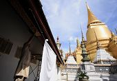 Skilled Craftsman With Landscape And Pagodas In Wat Phra Kaew