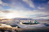 image of iceberg  - Iceland - JPG