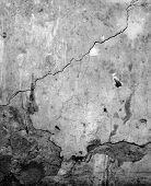 Scratch wall