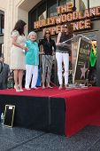LOS ANGELES - AUG 22:  Valerie Bertinelli, Betty White, Wendie Malick, Jane Leeves at the ceremony f