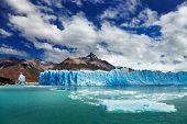 Perito Moreno Glacier, Lago Argentino, Patagônia, Argentina