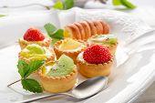 italienisches Gebäck Früchte