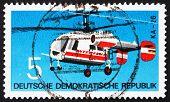 Постер, плакат: Почтовая марка ГДР 1972 Вертолет Камов Ка 26