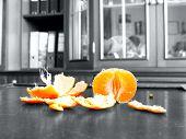 image of decomposition  - The mandarin - JPG