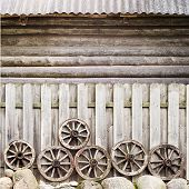 foto of log fence  - wodden fence near the round log wall - JPG