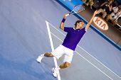 MELMELBOURNE - 19 de enero: Jugador de tenis Roger Federer, Suiza en el abierto de Australia en enero