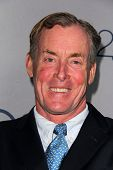 LOS ANGELES - JUL-24: John C. McGinley kommt auf TNT 25th Anniversary Party bei den Beverly Hilto