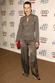 NORTH HOLLYWOOD - NOVEMBER 09: Julie Bowen at an evening with