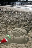 SANTA MONICA, CA - DECEMBER 02: Sand Snowmen at Kohl's Holiday Sandman Building Competition on Decem