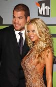 CULVER CITY, CA - DECEMBER 02: Tito Ortiz and Jenna Jameson at the VH1 Big in '06 Awards on December