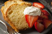 image of pound cake  - Homemade Pound Cake with Strawberries and Cream - JPG