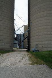 picture of chute  - An alleyway between silos - JPG