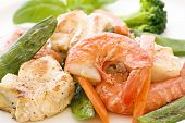 Red Snapper with Shrimp and Vegetable