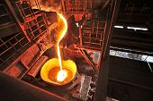 foto of slag  -  Liquid iron inside of plant and trains - JPG