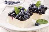 cheese cake with winberries