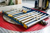 pic of pallet  - Turntable for wrapping pallets with stretch film - JPG