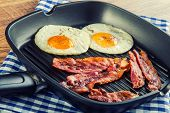 pic of egg  - Ham and Egg - JPG