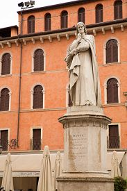 pic of alighieri  - The Dante Alighieri statue in the center of Verona Italy - JPG