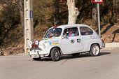 Rally de coches de época