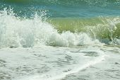 foto of azov  - Sea of Azov with waves and foam - JPG
