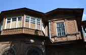 pic of manor  - Old wooden abandoned buildind Manor Gromov Petrogradskaya side St - JPG