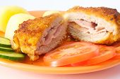 Cordon Bleu With Potatoes And Fresh Vegetables