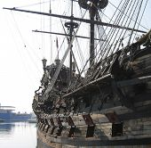picture of pirate ship  - pirate boat - JPG