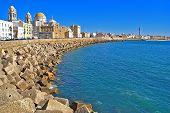stock photo of por  - el puerto de cadiz fotografiado por el dia - JPG