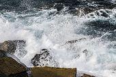 Splashing Wave