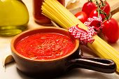 Genuine Tomato Sauce With Ingredients
