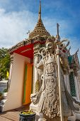picture of guardian  - Guardian Statues at Wat Pho  - JPG