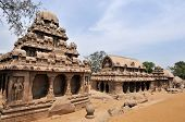 picture of arjuna  - One of the ancient architectural wonders of the Pallava kings in south India - JPG