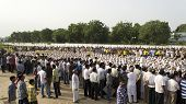 People Gathered Around 1000 Gandhi Dressed Children