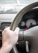 Correct Hand Position For Holding A Steering Wheel