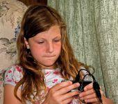Chica juego electrónico