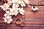 foto of two hearts  - Wedding rings - JPG