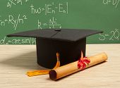 image of academia  - Gortarboard and graduation scroll - JPG