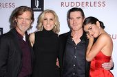 LOS ANGELES - OCT 7:  William H. Macy, Felicity Huffman, Billy Crudup, Selena Gomez at the
