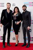LOS ANGELES - NOV 24:  Lady Antebellum at the 2013 American Music Awards Arrivals at Nokia Theater o