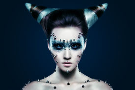 pic of gothic girl  - Demon girl with spikes on the face and body - JPG